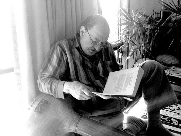 William Mathieu reading in his studio - 2018